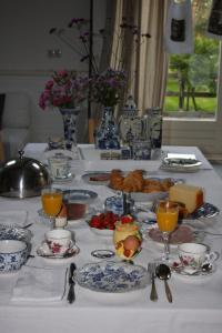 Atelier La Luna, Bed & Breakfast  Berkenwoude - big - 15