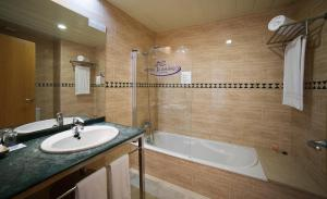 Hotel Flamingo, Hotely  L'Ampolla - big - 8