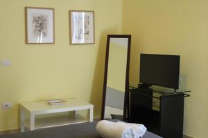 Seawall Holiday Home, Apartmány  Salerno - big - 15