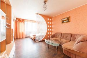 Апартаменты на Раисы Окипной, Киев