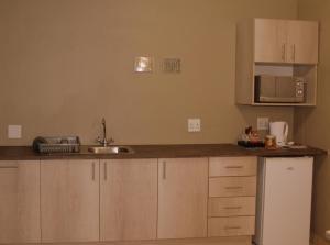 Ley-Lia Guest House, Penziony  Aranos - big - 18