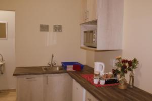 Ley-Lia Guest House, Penziony  Aranos - big - 15