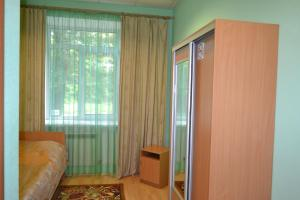 Inn Oktyabrskaya 2, Inns  Kamensk-Ural'skiy - big - 8