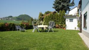 Ferienwohnung Burgblick Pitzen