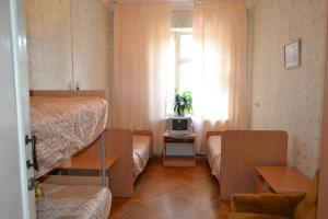 Hostel On Oktyabrskaya 18, Мини-гостиницы  Каменск-Уральский - big - 7