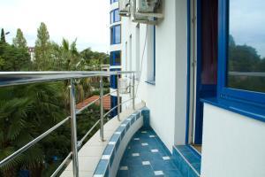 Отель Аваллон - фото 14