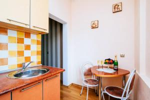 Vip-kvartira Leningradskaya 1A, Apartmanok  Minszk - big - 22