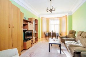 Vip-kvartira Leningradskaya 1A, Apartmanok  Minszk - big - 52
