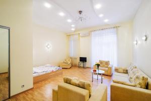 Vip-kvartira Leningradskaya 1A, Апартаменты  Минск - big - 69