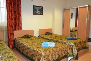 Hotel Oktyabr'skaya on Belinskogo, Hotely  Kamensk-Ural'skiy - big - 3