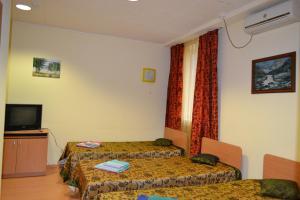 Hotel Oktyabr'skaya on Belinskogo, Hotels  Kamensk-Ural'skiy - big - 4