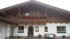 Ferienwohnung Hauser - Apartment - Söll