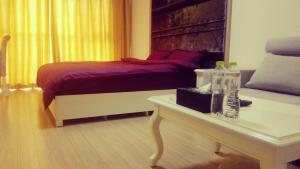 Qingdao Yijia Service Apartment (PengliNanhua)
