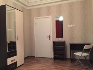 Guest House on Kosmodamianskaya naberezhnaya, Vendégházak  Moszkva - big - 17