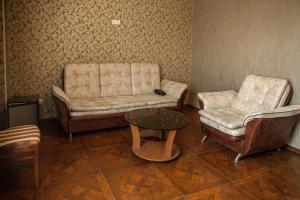 Отель Аристократ, Кузнецы