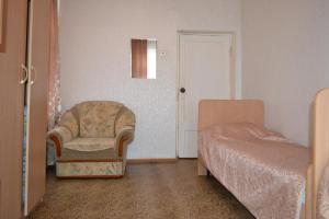 Hostel On Oktyabrskaya 18, Мини-гостиницы  Каменск-Уральский - big - 4