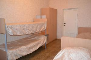 Hostel On Oktyabrskaya 18, Hostince  Kamensk-Ural'skiy - big - 11