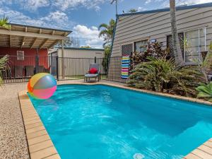 Surf Club House, Pet Friendly, Sunshine Coast, Holiday House, Marcoola - Sunshine Coast, Queensland, Australia