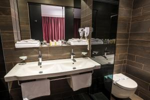 Bartolomeo, Hotels  Dnipro - big - 81