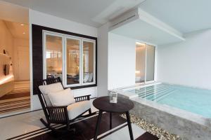 Veranda Pool Suite, Rezorty  Cha Am - big - 6