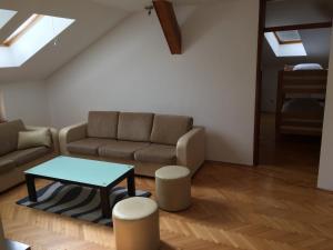 Oscar Apartment - фото 10