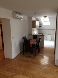 Oscar Apartment - фото 14
