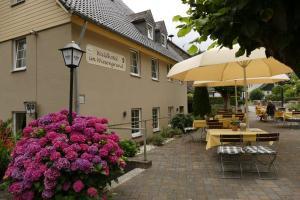 Waldhotel im Wiesengrund, Hotels  Hürtgenwald - big - 16