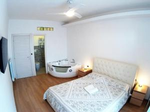 Jacuzzi Apartment Metro