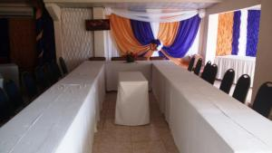 Leisure Lodge Hotels, Hotely  Freetown - big - 27