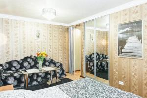 Apartment on Nezalezhnoy Ukrainy 63