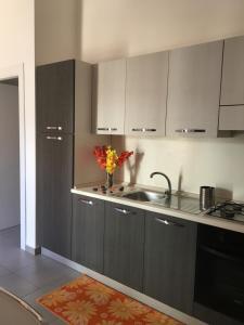 Appartamento Famularo, Апартаменты  Санто-Стефано-ди-Камастра - big - 32