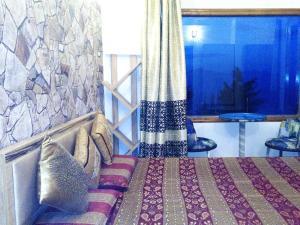 AquaForest Luxury Cottages