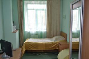 Inn Oktyabrskaya 2, Inns  Kamensk-Ural'skiy - big - 46