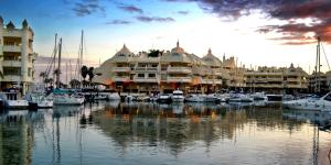Puerto Marina Villa