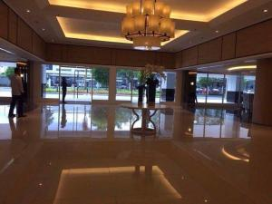 Condotel at Shell Residences