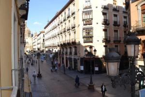 Apartamentos Dos Torres - Alfonso I