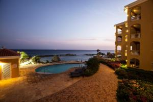 The Strand Curacao Apt 2A