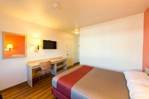 Motel 6 Reno West, Hotel  Reno - big - 17