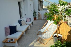 Matrozou Street Apartment with Spacious Terrace, Ferienwohnungen  Athen - big - 12