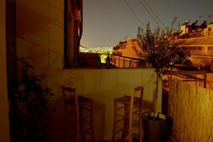 Matrozou Street Apartment with Spacious Terrace, Ferienwohnungen  Athen - big - 9