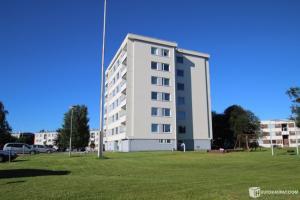Apartments on Karikatu