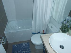 Departamento en Club Oceano Torre Mar, Apartments  Coquimbo - big - 6