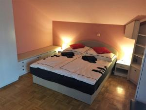 MNJ Apartments