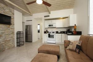 Mountain Cove Private Condo, Appartamenti  Indian Wells - big - 2