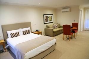Allansford Hotel Motel