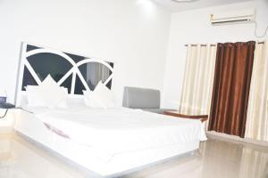 Hotel Shalin
