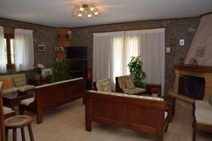 Evrostini Guest House