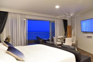 Sandy Beach Condo 15E, Appartamenti  Petchaburi - big - 34