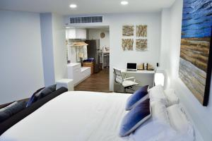 Sandy Beach Condo 15E, Appartamenti  Petchaburi - big - 30