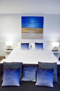 Sandy Beach Condo 15E, Appartamenti  Petchaburi - big - 27
